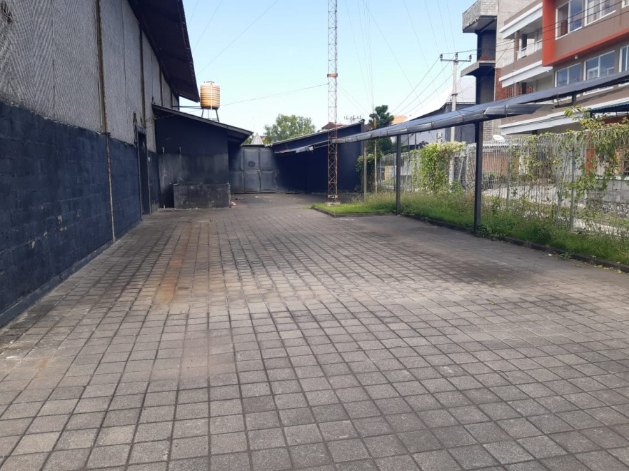 Commercial Space For Long Term Rent At Dewi Sri